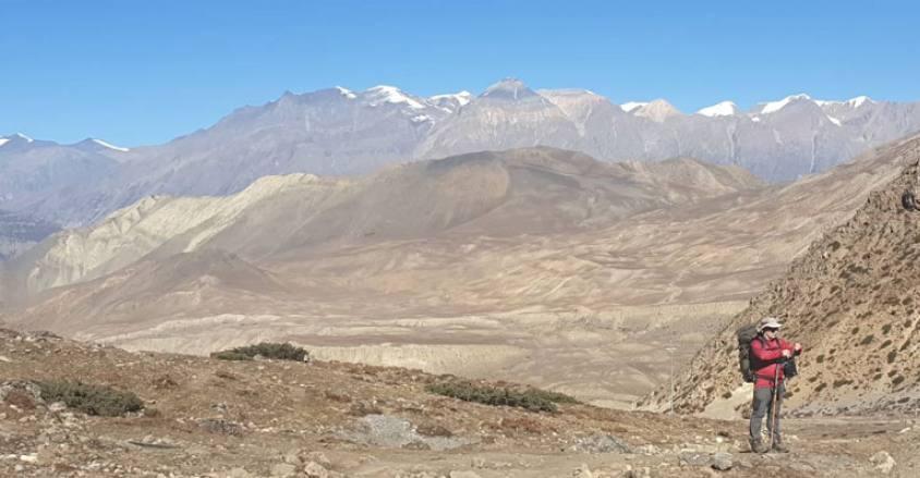 on the way Annapurna circuit trek / back ground Mustang valley / upper mustang