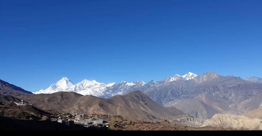 Views of the Dhaulagiri and Muktinath Temple / 9 days Annapurna circuit trek