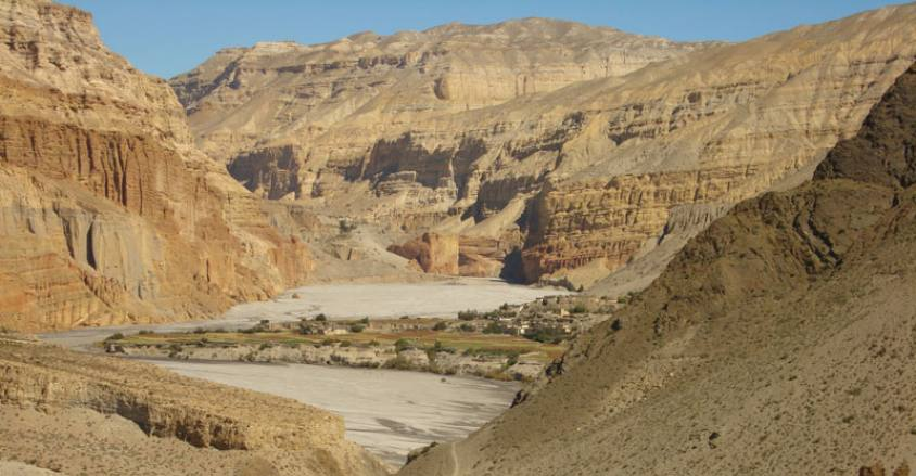 Upper Mustang and Kaligandaki valley / Damodar Kunda Trek